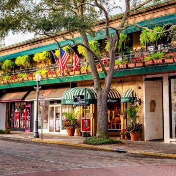 Learn why Winter Park is one of the most desired cities